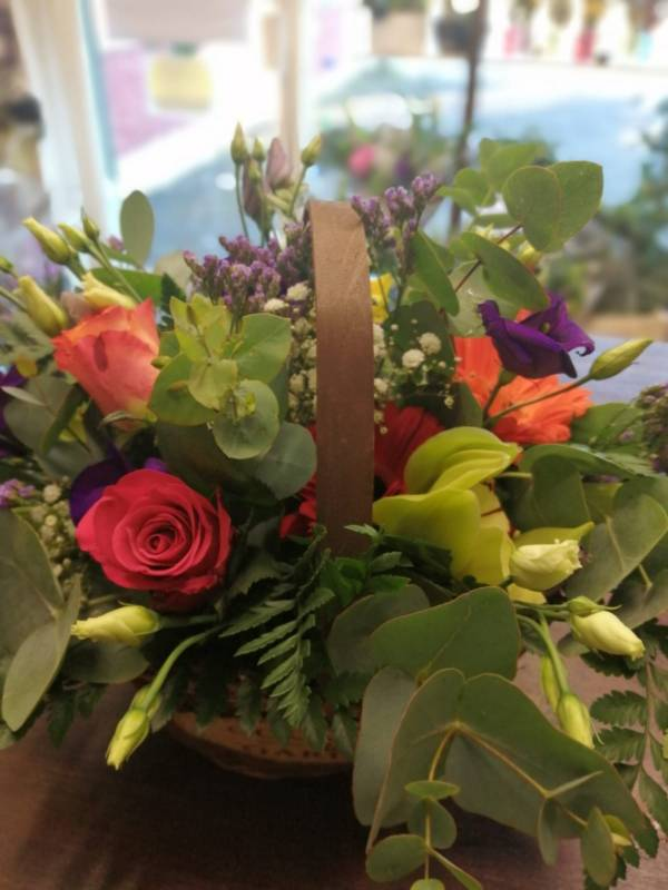 Vibrant Baskets - Best Buds Florist