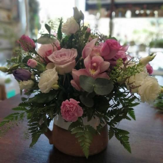 Flowers in a Tea Pot - Best Buds Florist