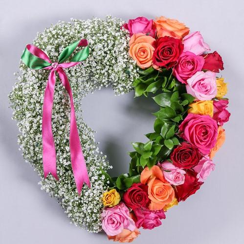 Open Rose & Baby Breath Heart 1