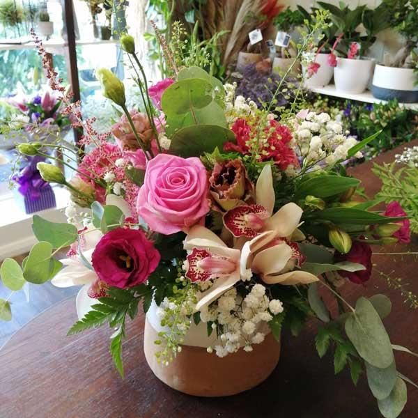Table Arrangement Of Mix Flowers In A Tea Pot - Pretty Pinks - Best Buds Florist Dublin